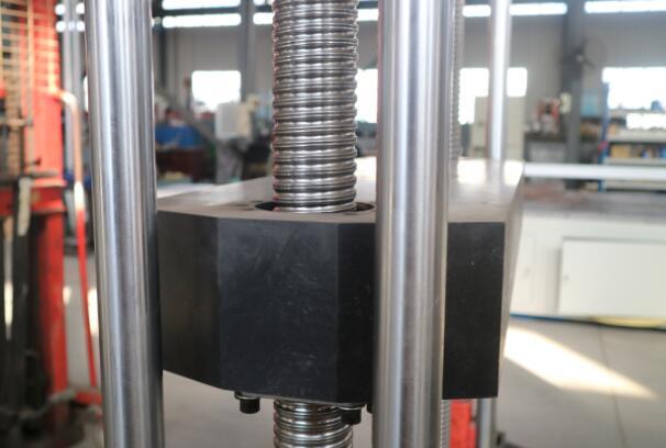 电子万能材料试验机丝杠内部结构